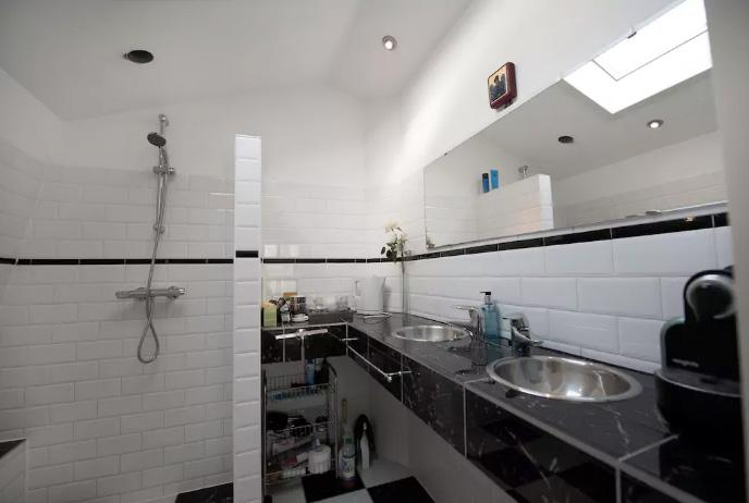 airbnb-amsterdam-jordaan-1